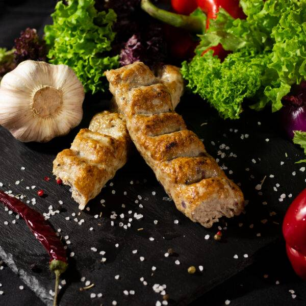 люля кебаб на гриле из телятины